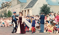 Queen Yvonne at crowning 1987